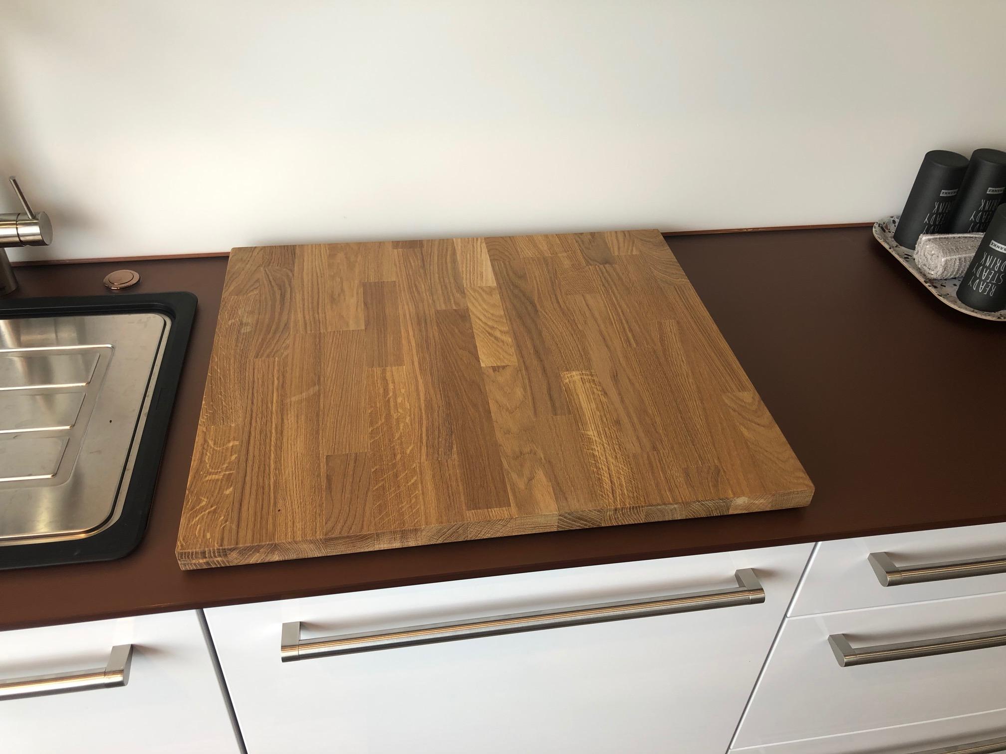Massives Küchenbrett Eiche 60 x 52 cm
