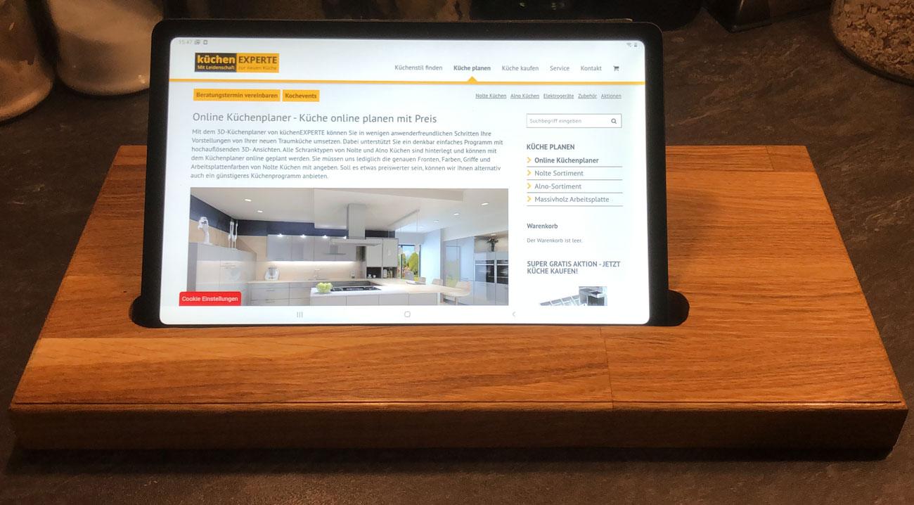 Wir bauen Tablethalter nach ihren Wünschen auch für I-Phone und I-Pad