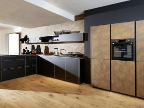 Nolte Küche Flair Schwarz Messing Optik mit Ferro Cortenstahl