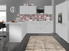 Küche klassisch: matt, weiß und Nischenverkleidung