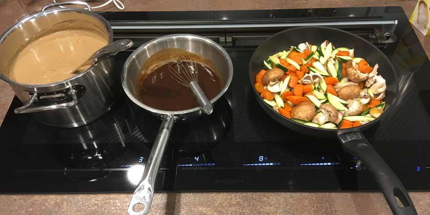 Kochen mit Induktion auf dem Kochfeldabzug KFL 2094